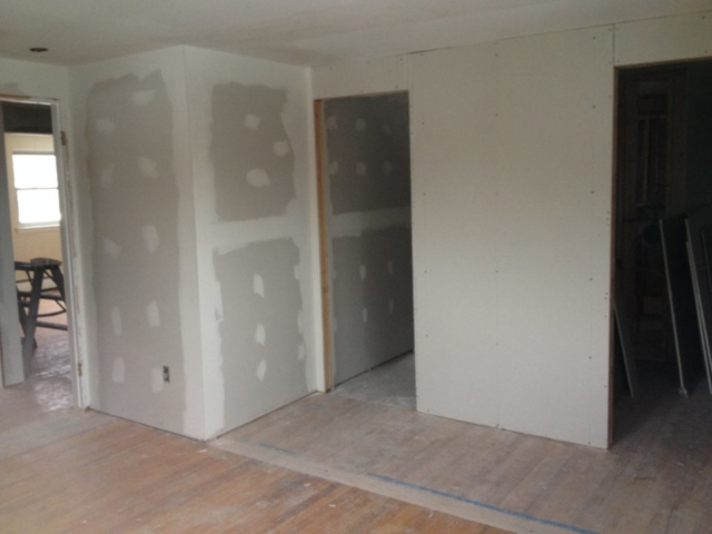 4 bedrooms becomes 3 to incorparte a new master suite